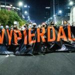 «Non un passo indietro». Ancora proteste per il diritto all'aborto in Polonia