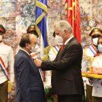 """Cuba e Vietnam suggellano la propria """"amicizia indistruttibile"""""""